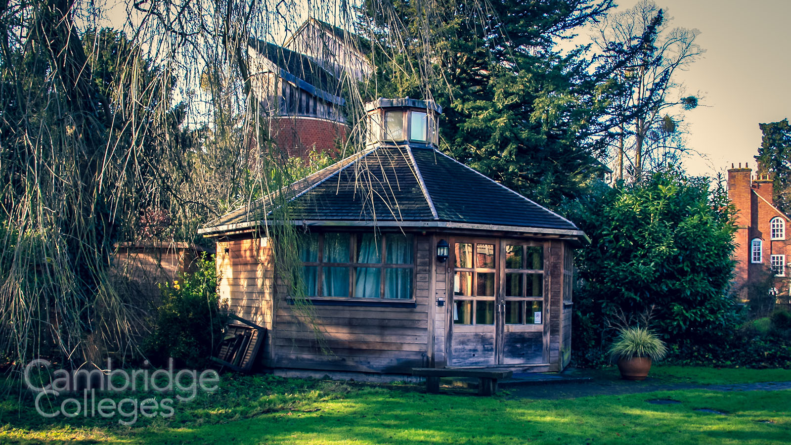 The meditation pavilion, in the grounds of Lucy Cavendish college