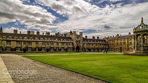 trinity-college-great-court-small