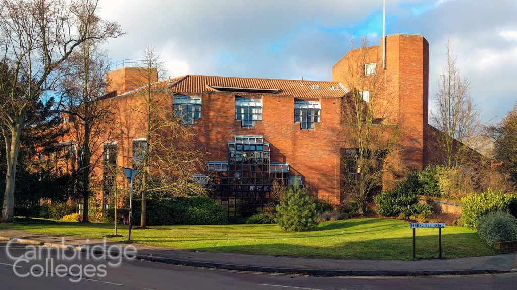 Robinson College on Herschel Road